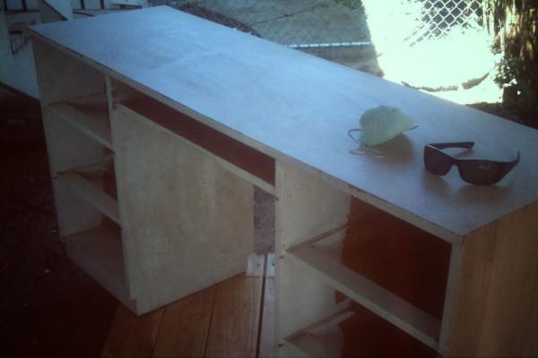 desk-2-fade