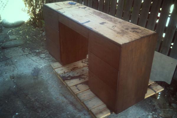 desk-4-fade